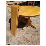 ZB Maple kitchen table with two leaves table