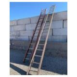 2 Damaged extension ladders