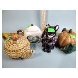 (4) Teapots - cat has ear chip