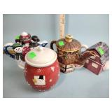 (3) Teapots & Christmas cookie jar