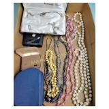 Costume jewelry: necklaces, sets