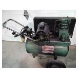 Speedaire air compressor w/ Dayton model 9K320