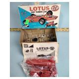MPC STP Lotus Indy Turbine Car 1/25 model kit