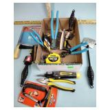 Hand tools incl. Stanley: wire cutters, brushes,