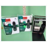 (2) Logitech wireless presenters R400 new,