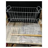 To wire rectangular baskets Approximately 19 in