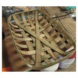 OLD SMALL SIZE TOBACCO BASKET