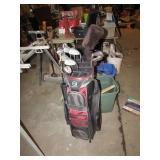 GOLF BAG W/ CLUBS