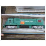 PENN CENTRAL MODEL TRAIN ENGINE