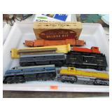 TRAIN ENGINE / CARS