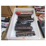 TRAYLOT- MODEL TRAIN ENGINES /PARTS