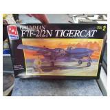 AMT F7F-212N TIGERCAT AIRPLANE MODEL