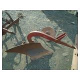 FARMALL 1 POINT PLOW W/ COULTER  178