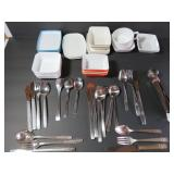 Airline dishes and flatware