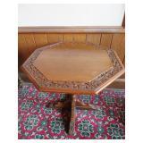 Feudal Oak Jamestown Lounge Co