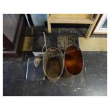 Hot plate - scales - waste baskets