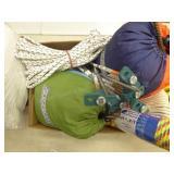 2 hammocks & rope items
