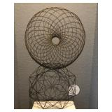 2PC ASSORTED WIRE WALL HANGING