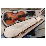 Mendini violin by Cecilio completely hand-carved