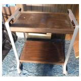Small utility cart with 2 shelves, on casters,