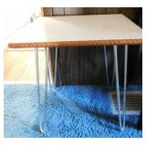 Adorable Formica top table with hairpin legs,