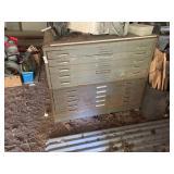 Map cabinet (metal) 46x37