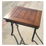 wooden top coffee table 28x24x24
