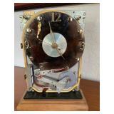 Computer part clock
