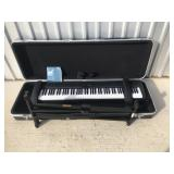 Yamaha Digital piano P-85/85s w/case and stand