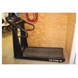 True 450 Treadmill