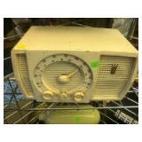 Vintage Zenith Countertop AM/FM Radio