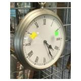 10 inch wall mounted battery clock