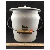 Vintage Graniteware Bucket with Lid