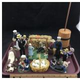 Amish Family Scene with over 10 Figures