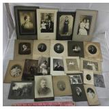 Collection of 21 Cabinet Card Photos & 2 Tintypes