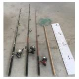 3 Fishing Rods / Reels w/ Net