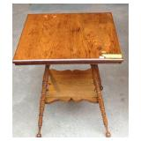 Early 1900s oak spindle leg lamp table
