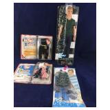 Ken Fashionistas Doll and Outfit Plus 2 Packaged