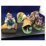 Tray of 7 Franklin Mint Fairy Tales Characters