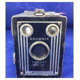 Vintage Brownie Target Six-20 Camera