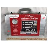 Brand New 21 Piece Barbecue Tool Set
