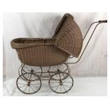 Antique wicker baby/doll carriage, carriage