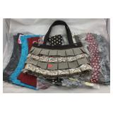Thirty-One Purse With 11 Changeable Skirts