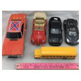 General Lee and Maisto Cars