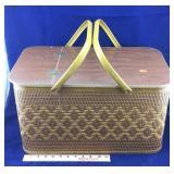 Vintage Picnic Basket with Pie Shelf