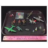 Vintage lead toy soldiers planes etc