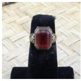 Old 10K Gold Ring With Red Stone