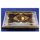 Medium Sized Inlaid Italian Box With Jewelry