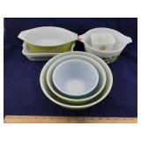 7 Pieces of Pyrex Ovenware