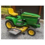 John Deere 325 Garden Tractor